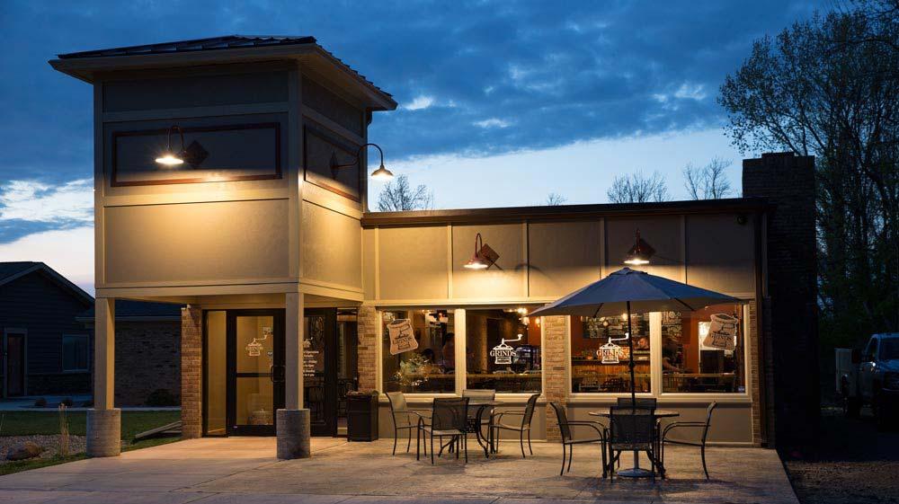 Grinds 122 Cafe in Brockport, NY